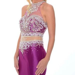 Gorgeous Purple 💜 Gown